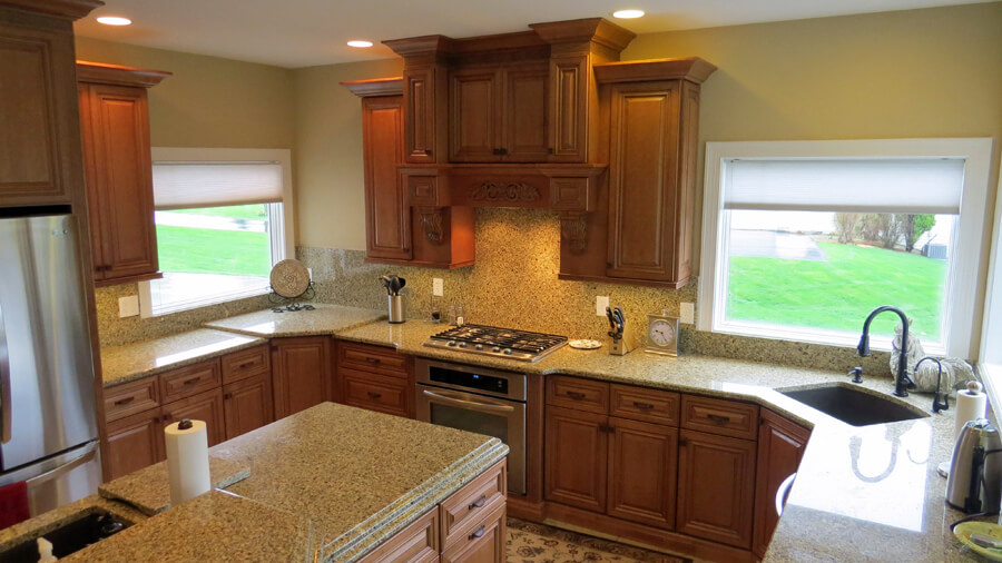 Warm and Inviting Kitchen in St. Charles